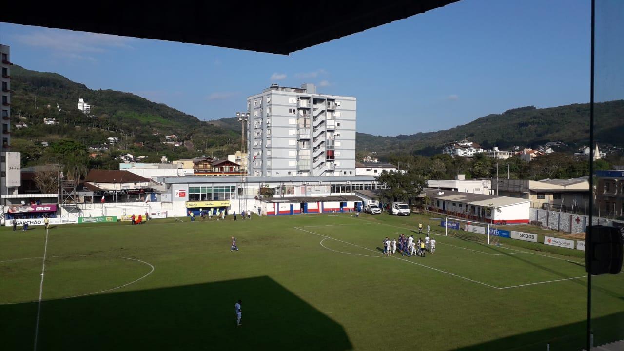 Igrejinha vence o Cruzeiro por 1 a 0 na Divisão de Acesso